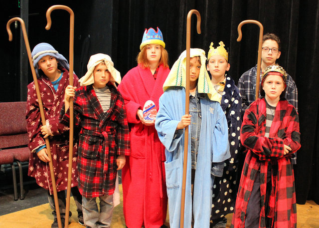 nineteen young actors from the coppell area have joined the cast of theatre coppells latest show the best christmas pageant ever the play based on a